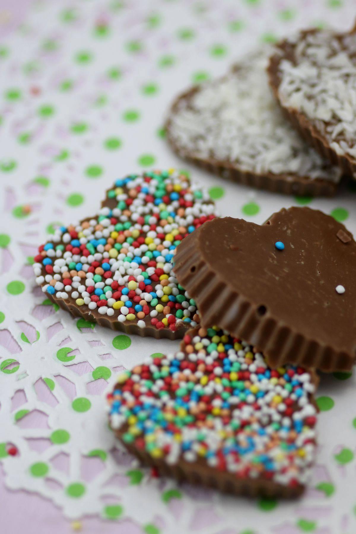 Schokoladenkringel mit Zuckerperlen