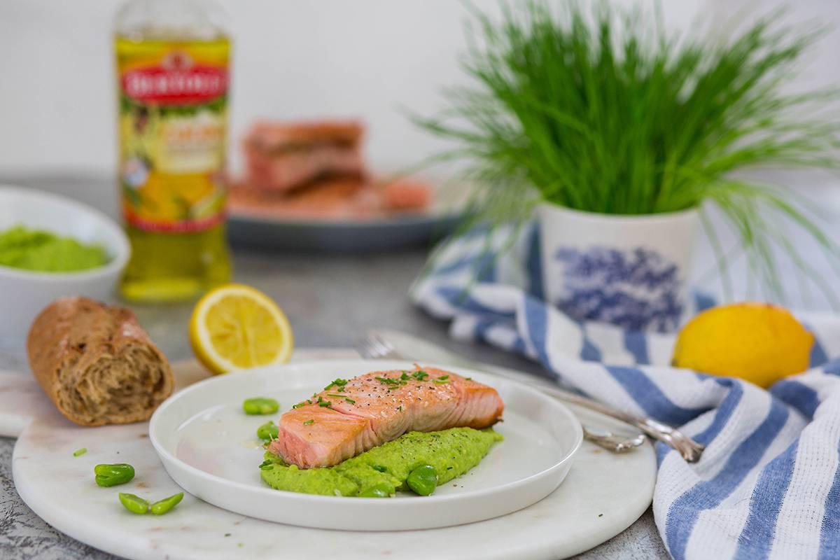 gebratener Lachs schnelles und einfaches Gericht