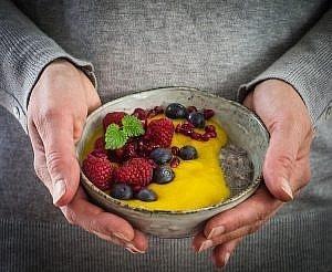 Chia-Pudding mit Mangomousse {Frühstücksidee}