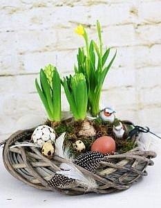 Frühlingsdeko basteln- Frühlingskranz