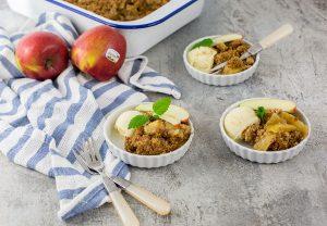 Leckeres Apfel Crumble Rezept mit Apfeleis