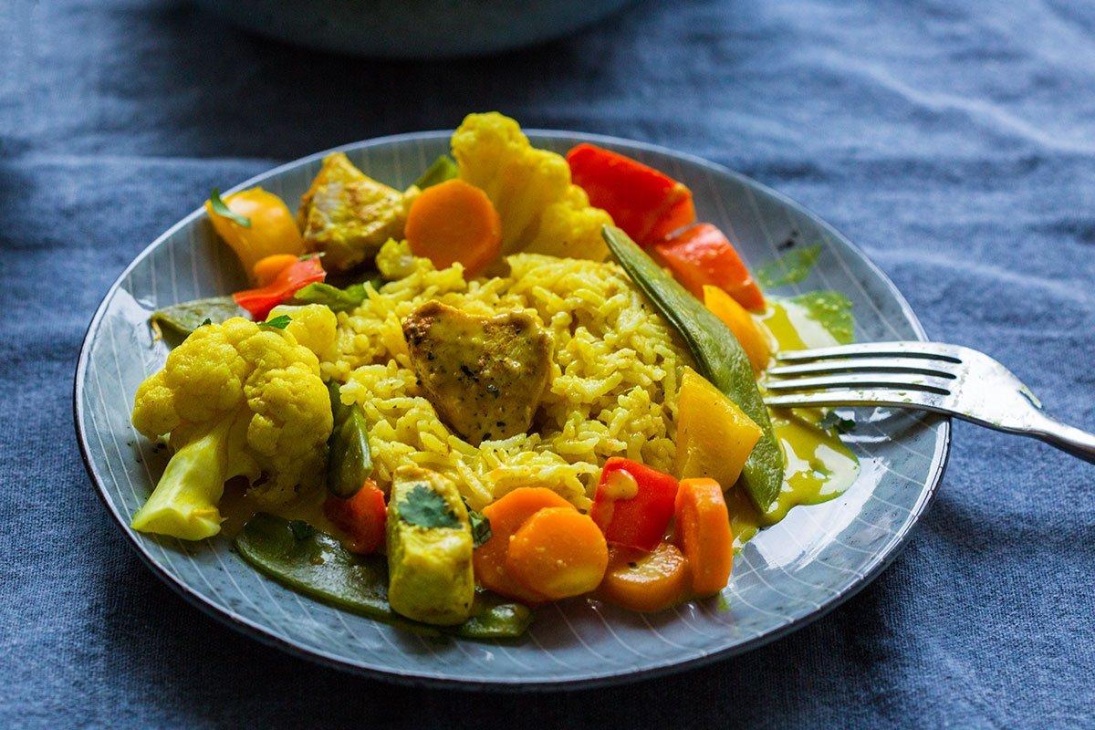 Curry Geschnetzeltes mit Reis und Huhn