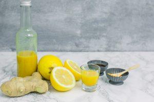 Ingwer Zitronen Shot und die Erkältung ist vergessen