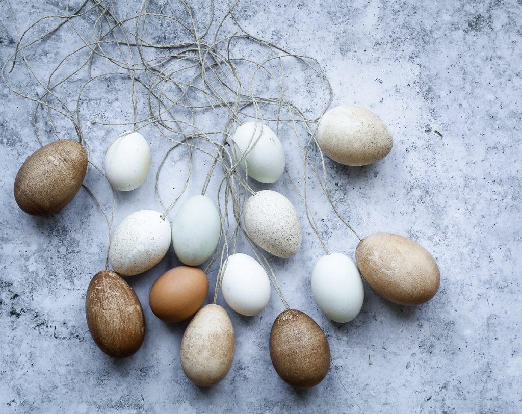 Eier aufhängen