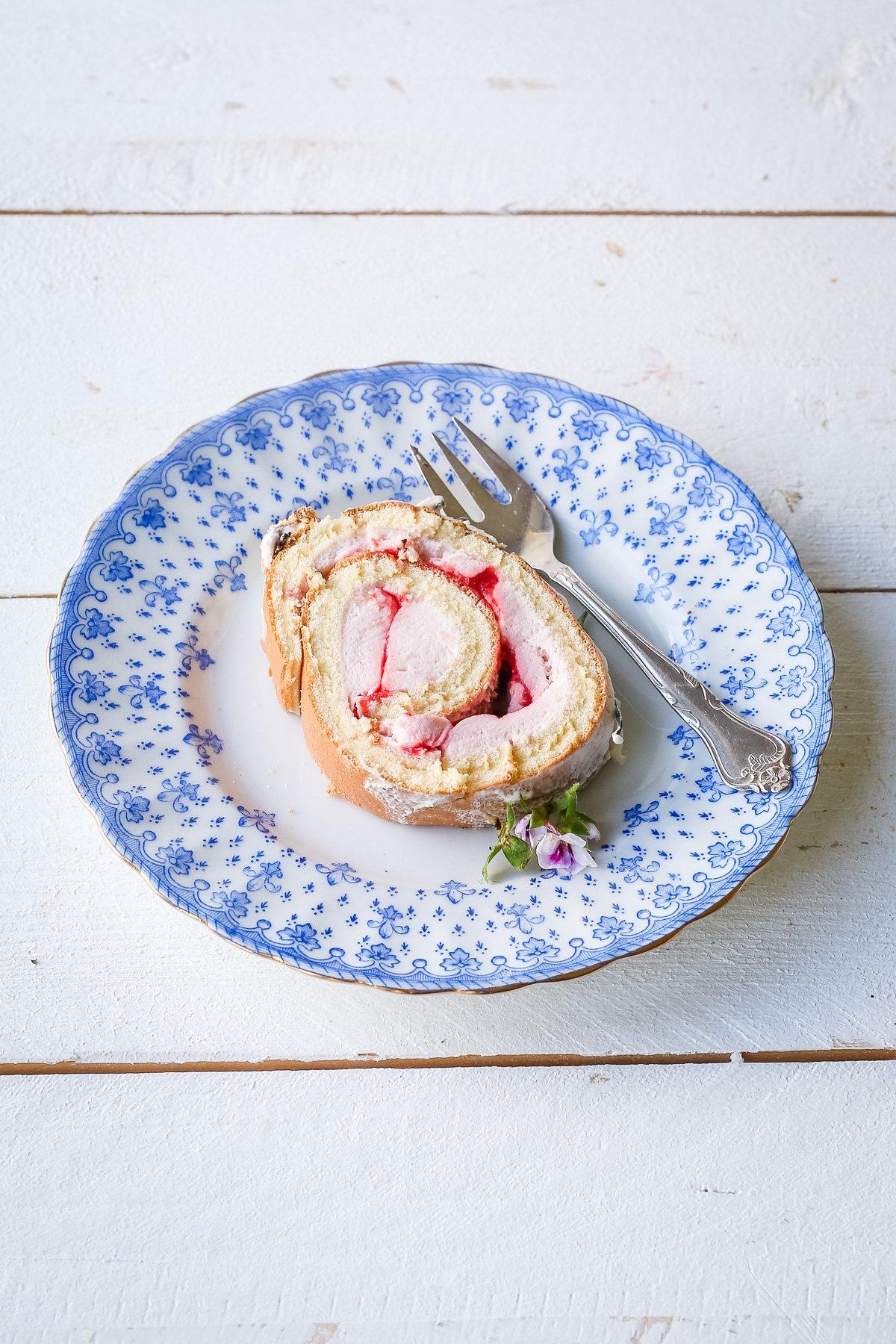 Sahne-Rolle Erdbeer