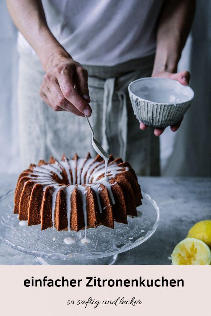 Super saftiger und einfacher Zitronenkuchen. Das Rezept gibt es auch für den Thermomix