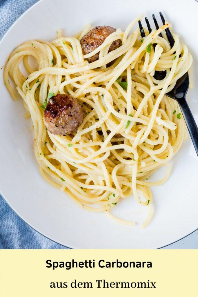 Spaghetti Carbonara aus dem Thermomix. Kinderleicht und mit leckeren Bratwurstbällchen.