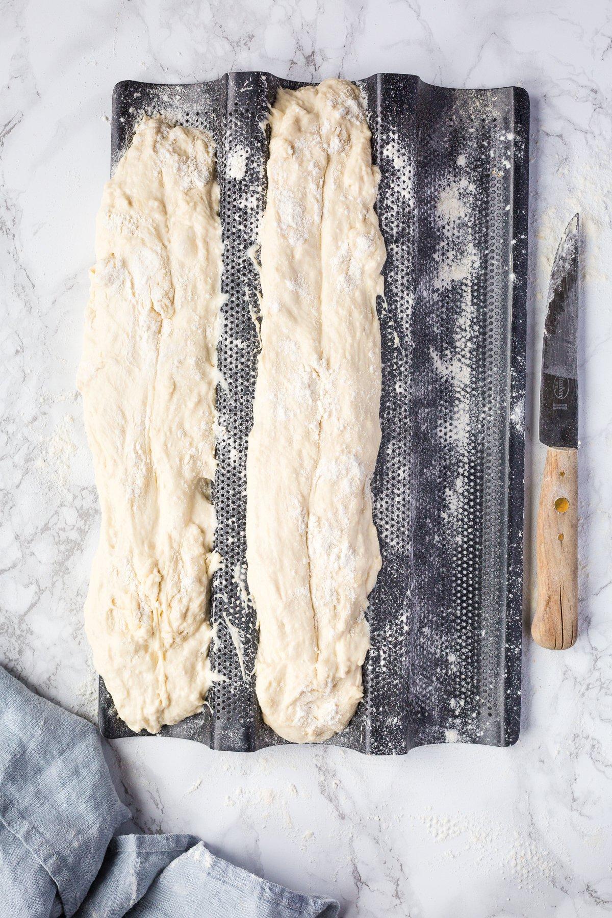 Baguette Teig auf Baguetteform