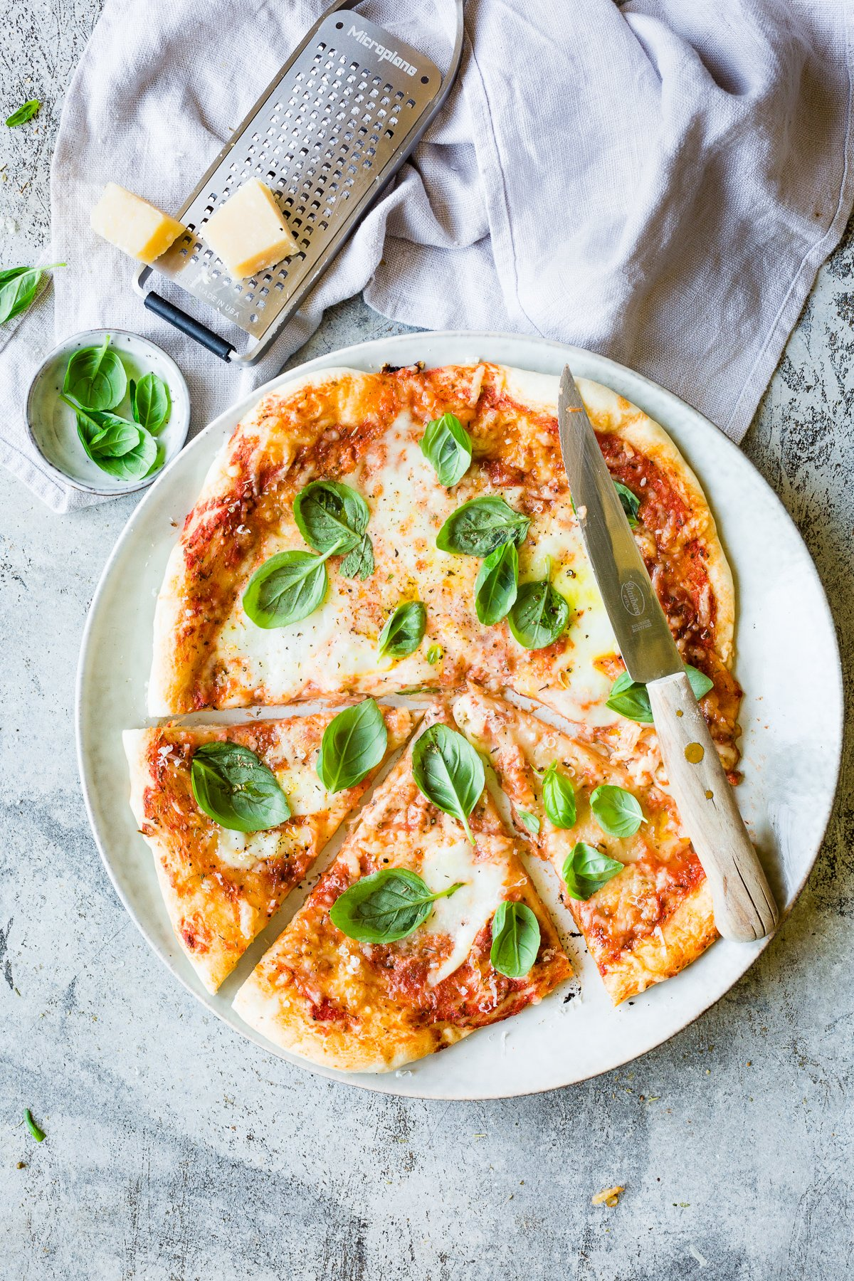 knusprige Thermomix Pizza