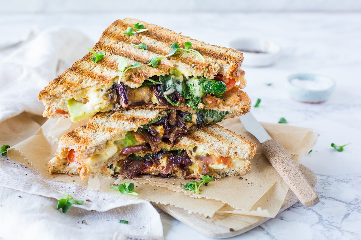 Grilled Cheese sandwich mit Avocado